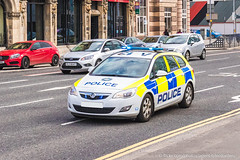 PSNI - Vauxhall Astra Estate - Incident Response Vehicle (Agent Tyler Durden) Tags: police policecar irv emergency astra vauxhall 999 bluelights patrolcar vauxhallastra emergencyvehicle psni emergencyservice policeservicenorthernireland incidentresponsevehicle stationpatrol