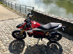 The first steps (Lusty-Daisy) Tags: ducati hypermotard hypermotard939sp