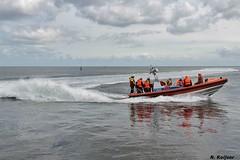 Scherpe bocht Cornelis Dito. (Romar Keijser) Tags: haven waddenzee boot texel dito cornelis knrm reddingsboot oudeschild reddingbootdag