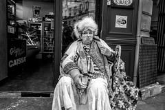 * (Christophe.Frossard) Tags: leica street fullframe uncropped nonrecadre fullframesensor blackandwhite noiretblanc blancoynegro schwarzweis streetphotography 28mm summilux ugly mean rueordener paris montmartre hat furhat faces christophefrossard mattanga mirrorless bw stealingshadows