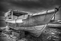 Boat / Honey Island (marcelo.guerra.fotos) Tags: light sea blackandwhite bw ilhadomel blancoynegro paraná brasil clouds contrast canon island boat noiretblanc cloudy hdr honeyisland photomatix photomatixhdr