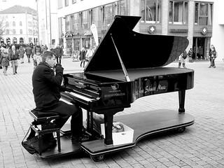 Piano-mobil