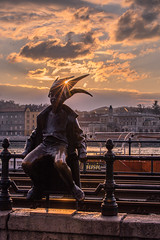The little Princess Jester statue in Budapest (Vagelis Pikoulas) Tags: city winter sunset sky sun statue canon europe hungary budapest january tamron vc f28 6d 70200mm 2016