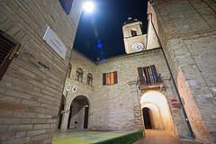 Altidona - Scorcio 02 (Promix The One) Tags: chiesa campanile piazza orologio marche scorcio notturno archi municipio finestre centrostorico mattoni canoneos1dsmarkii stemmi antichitã sigma1530f3545exdgaspherical altidonafm