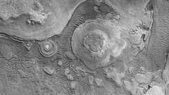 Layers in Argyre (sjrankin) Tags: mars edited large nasa layers grayscale layered marsreconnaissanceorbiter argyreregion 1365mb esp0141671300 26january2016