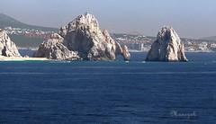 El Arco de Cabo San Lucas - Mexico (manezob) Tags: southamerica mexico cliffs elarco loversbeach resortcity elarcodecabosanlucas californiapeninsula mexico'sbaja