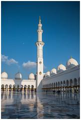 Sheikh Zayed Grand Mosque (Ni5han7) Tags: city architecture cityscape columns landmark mosque architectural abudhabi domes minar 2016 nishantrao sheikhzayedmosque szgm dubaispotters
