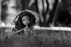 Samantha de Nuevo (Oxkar G) Tags: chile parque santiago urban nude calle doll sony country alpha slt lascondes a37 onocromo