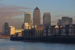 Canary Wharf From Wapping, London (Geraldine Curtis) Tags: london canarywharf riverthames wapping