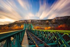 El tren de Arganda (Prad0) Tags: longexposure sunset sunrise atardecer dawn amanecer orton largaexposicin ortoneffect efectoorton