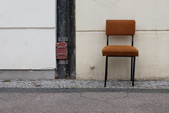 Please take a seat #418 (sterreich_ungern) Tags: berlin abandoned trash project germany lost chair seat serie 44 deutchland wegwerfgesellschaft
