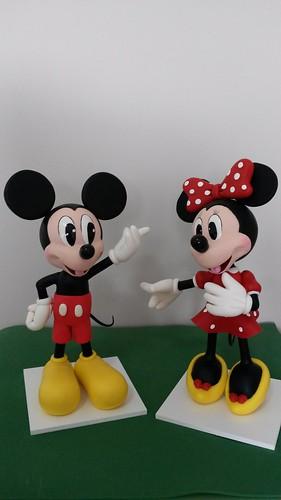 Mickey e Minnie com 30 cm de altura!