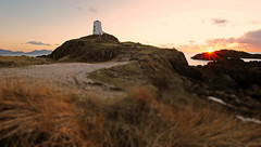 Llanddwyn Island Sunset (EVO GT) Tags: sunset lighthouse wales canon lighthouses dusk coastal beachsunset anglesey northwales newborough ndfilter menaistrait neutraldensityfilter llanddwynisland newboroughwarren stdwynwen canon600d sigma1020mmf35exdchsm canon600deos