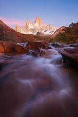 Buenos dias bonita Fitzroy! (terenceleezy) Tags: chile patagonia southamerica argentina wow fitzroy torresdelpaine parquenacionaltorresdelpaine cuernosdelpaine