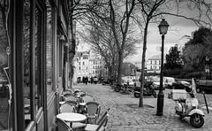 Paris, Montmartre, 7 (Patrick.Raymond (2M views)) Tags: street bw paris nikon tmax montmartre 75018 argentique concordians