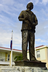 Statue: Dr Claude Wathey ( Freddie) Tags: stmaarten sintmaarten philipsburg dutchcaribbean thefriendlyisland