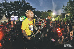 [Turtles Jr] (Hendisgorge) Tags: festival metal canon indonesia concert punk live stage gig documentary jakarta editorial concertphotography musicfestival stagephotography panggung fotografipanggung hendisgorge hendhyisgorge hammersonic hammersonic2016 hammersonicfestival2016 turtlesjr extrememoshpit