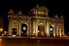 La Puerta de Alcalá (Carlos Gaiteiro) Tags: madrid christmas street night navidad noche nocturna alcalá