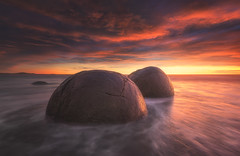 Moeraki Boulders at Sunrise (Jimmy McIntyre - Editor HDR One Magazine) Tags: newzealand sunrise moeraki digitalblending rayapro