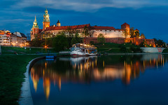 016 (davecurry8) Tags: reflection castle night river hill poland krakow wawel palace bluehour cracow vistula