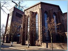 Evangelische Kreuzkirche am Hohenzollerndamm - E (Peterspixel from Peter Althoff) Tags: kreuzkirche sakralbauten hohenzollerndamm