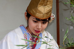 fukumusume, Imamiyaebisu-jinja (shrine), Osaka (jtabn99) Tags: people woman girl japan lady shrine naniwa   fukumusume  imamiyaebisujinja  20160111