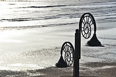 Seashell lamp post 2 | Lyme Regis (Bozward Monkey) Tags: sea beach waves lamppost lymeregis