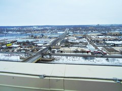 Rooftop view- North Minneapolis (Bubash) Tags: bridge winter cold rooftop minnesota highway wind north minneapolis story 20 lowry