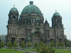 DSCN1458 (San Diego Bill) Tags: berlin barbara berlinerdom lustgarten berlinerdombells
