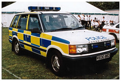 1997 Range Rover Police Car (ManOfYorkshire) Tags: white car shirt marquee uniform police tent event mk2 1997 british rangerover patrol bluelight 999 epaulettes p38a r830bbd