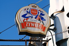 Zywiec Polish Beer (Cragin Spring) Tags: city urban usa chicago beer sign zywiec illinois midwest unitedstates unitedstatesofamerica chitown polish il northside bier piwo pivo chicagoillinois chicagoil polishbeer