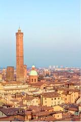 Bologna - Terrazzo San Petronio (Marco Franzoso) Tags: canon fisheye tokina 7d bologna piazza hdr torri sanpetronio 1120 samyang