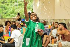 Confetes (ygor.pena) Tags: rio brasil de pessoa rj janeiro diverso infantil fantasia criana festa confete
