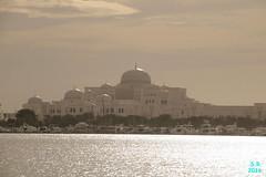 Abu Dhabi Februar 2016  175 (Fruehlingsstern) Tags: abudhabi marinamall ferrariworld canoneos750 scheichzayidmoschee