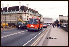 MR 105 (Vinyl 1979) Tags: people london westminsterbridge cityoflondon londontaxi mcw fx4 mcwmetrorider leasidebuses