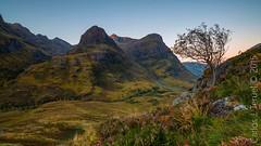 The three sisters, Scotland (Carlos J. Teruel) Tags: mountain sunrise landscape scotland nikon amanecer montain thethreesisters 1835 filtros nikon1835 xaviersam carlosjteruel d800e nikonafsnikkor1835mmf3545ged