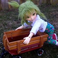 Yotsuba & RadioFlyer (astrosnik) Tags: wagon doll bjd abjd radioflyer yotsuba oceanmoon eunryoung