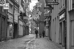 Lucerne's Old Town 2010 (Robert Willmett) Tags: christmas winter switzerland luzern lucerne kapellgasse