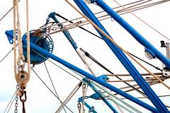 Rope mess (Segfault79) Tags: boat barca ship rope nave ropes corde corda ortona