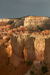 Walking into the Hoodoos ... HFF (ken.krach (kjkmep)) Tags: brycecanyonnationalpark