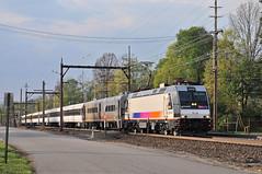 NJTR 4622 @ Convent Station, NJ (Adrian Corus) Tags: new blue sky orange tree electric clouds train track nj magenta rail v transit jersey commuter comet alp iv njtransit njt 4622 morristownline conventstation alp46 njtr oldturnpikerd