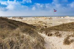 Way through dunes (bhansen.kiel) Tags: blue sky sun beach clouds strand canon landscape island sand dune himmel wolken insel northsea landschaft nordsee fahne dne schleswigholstein amrum