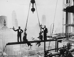 Two waiters serve steel workers lunch on a girder above the Waldorf-Astoria Hotel on Park Avenue, NYC, 1930. [600 X 462] #HistoryPorn #history #retro http://ift.tt/1W0Vks6 (Histolines) Tags: above park nyc two history lunch hotel workers steel x retro 600 timeline avenue waiters girder serve 1930 waldorfastoria 462 vinatage historyporn histolines httpifttt1w0vks6