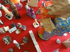 DSC00456 (camaradecoimbra) Tags: portugal natal navidades merrychristmas christmastime painatal sagradafamlia rainhasanta acadmica joyeuxnoel meninojesus queimadasfitas briosa bolasdenatal mercadodpedrov prespiosartesanais artesosdecoimbra burningribbons