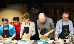 aprendiendo (carinenaalba) Tags: sushi zaragoza cocina gastronomia abel nikkei japon curso japons makis debutantes aprobado uramakis futomakis uasabi lazarosa