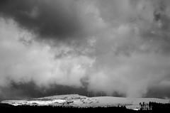 DSC_0619 (adrizufe) Tags: nature clouds landscape ilovenature nikon cloudy ngc paisaje bizkaia durango basquecountry montes oiz durangaldea nikonstunninggallery postlluvia aplusphoto d7000 adrizufe adrianzubia