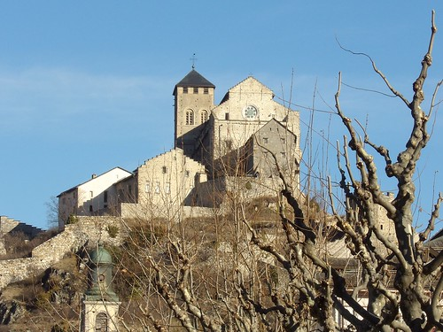 Basilique fortifiée de Valère, à Sion, dans le Valais