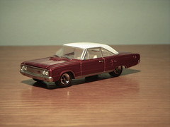 1967 Dodge Coronet R/T 1:64 Diecast by Greenlight (PaulBusuego) Tags: door roof red 2 usa white cars hardtop scale car wheel sport metal by america toy photography drive miniature us 60s automobile muscle rear detroit vinyl plymouth fast convertible collection plastic replica american 1967 164 dodge greenlight belvedere 1960s chrysler mopar custom coronet savoy coupe 440 rt v8 charger roadrunner collectable fastback diecast vynil notchback gtx bbody