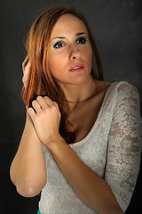 IRUNA-Sesion-Zaloa-20 (ikimilikili-klik) Tags: girl studio model estudio modelo session pamplona navarre navarra irua pampelune nafarroa sesin zaloa nikkor60mm 60mmf28d d700 nikond700