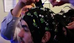 สุดล้ำ! นักวิทย์ค้นพบวิธีการโหลดความรู้เข้าสมองมนุษย์โดยตรง!!       http://nuclear.rmutphysics.com/blog-sci7/?p=1119